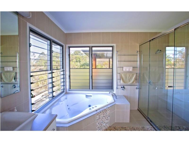 6 Goldsands Crt, Agnes Water QLD 4677