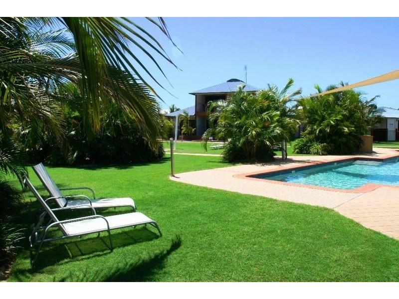 Unit 17 Beaches Village Circuit, Agnes Water QLD 4677
