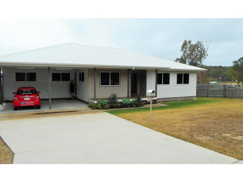 16 Donohue Drive, Agnes Water QLD 4677