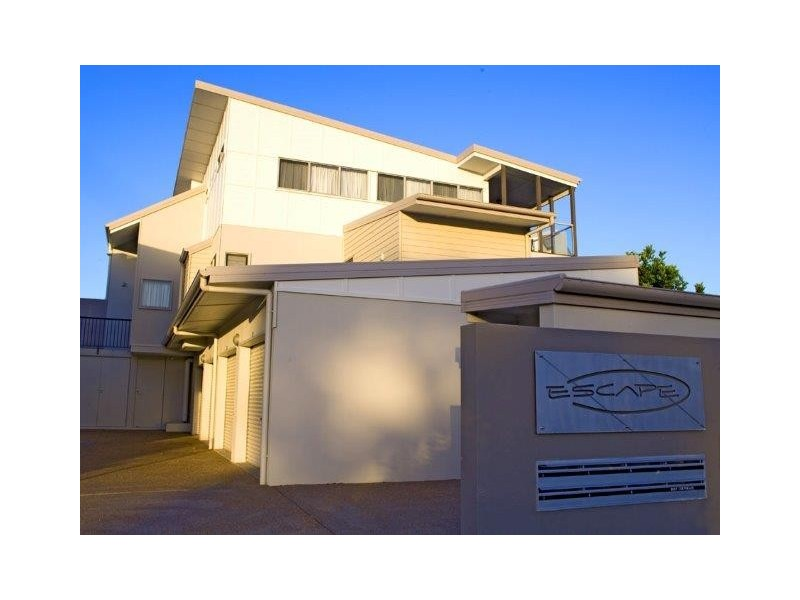 3/2 Dolphin Court, Agnes Water QLD 4677