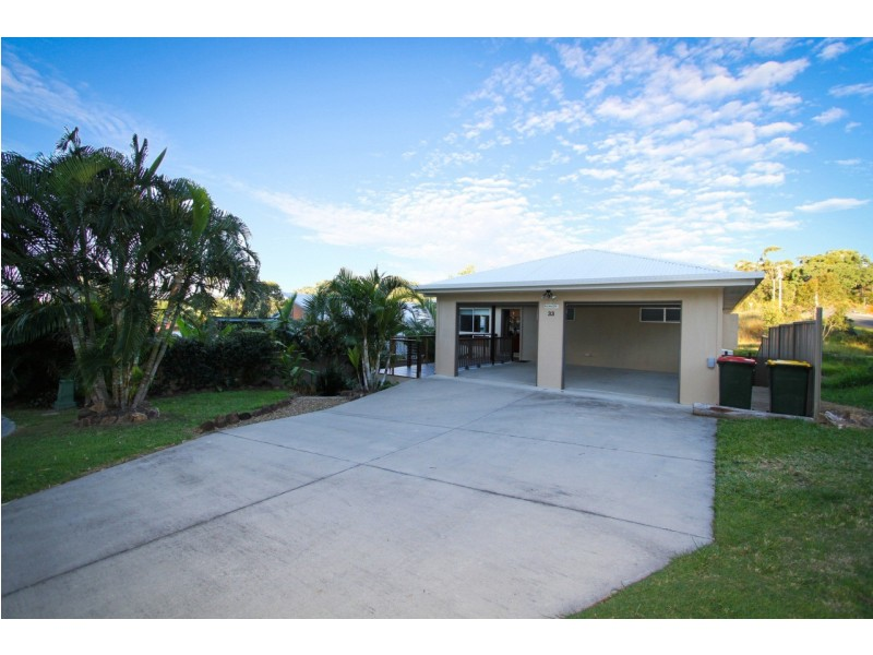 33 Palm Court, Agnes Water QLD 4677
