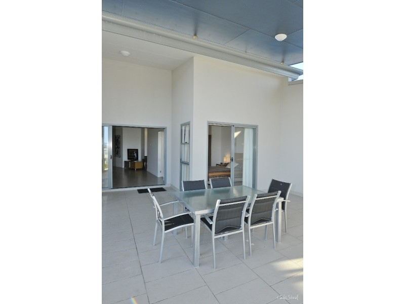 125 Beaches Village Circuit, Agnes Water QLD 4677