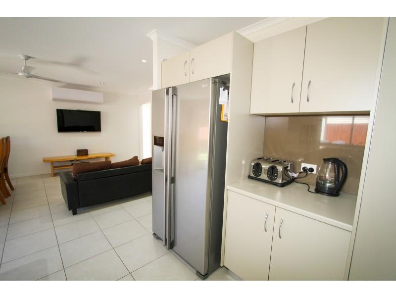15 Joseph Banks Boulevard, Agnes Water QLD 4677