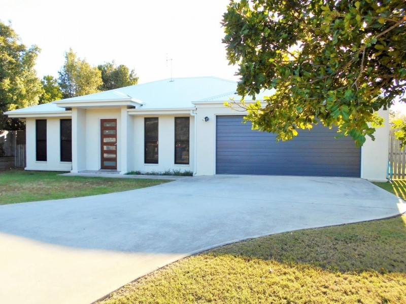 2 Whitby Place, Agnes Water QLD 4677