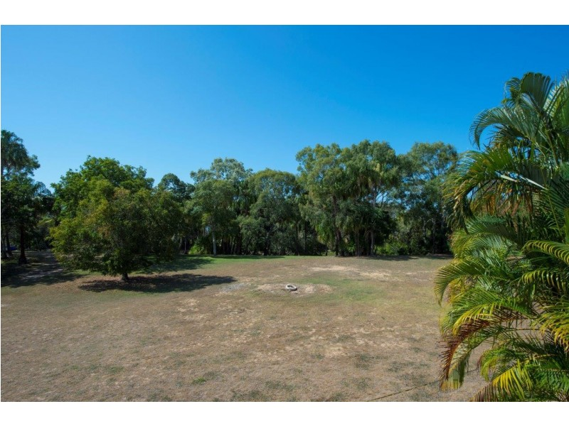 35 Agnes Street, Agnes Water QLD 4677