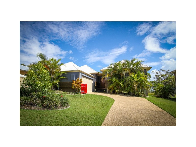 8 Seascape Close, Agnes Water QLD 4677