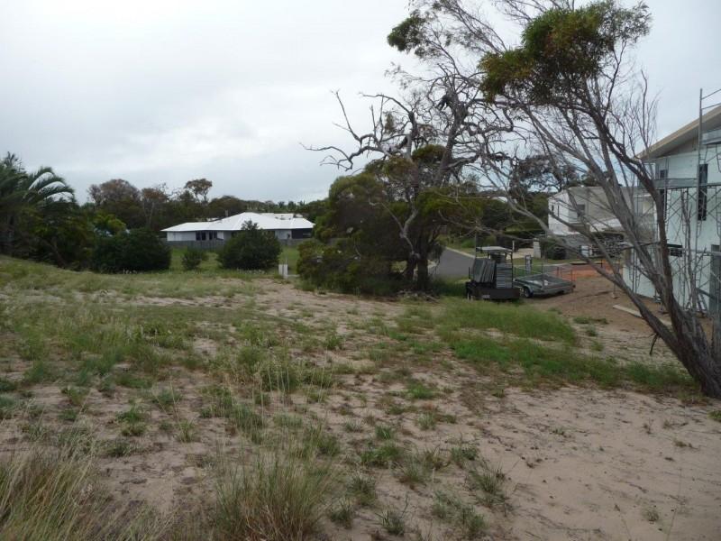 8 North Break Drive, Agnes Water QLD 4677