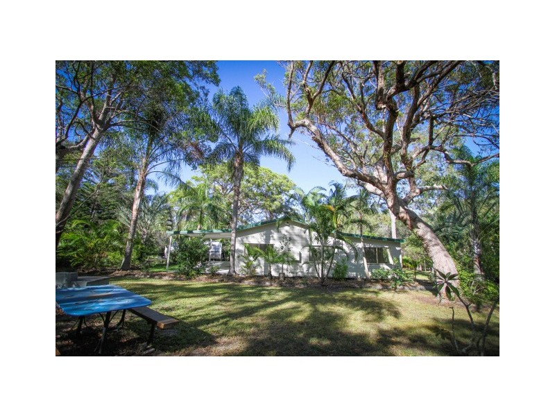 262 Lady Elliot Drive, Agnes Water QLD 4677
