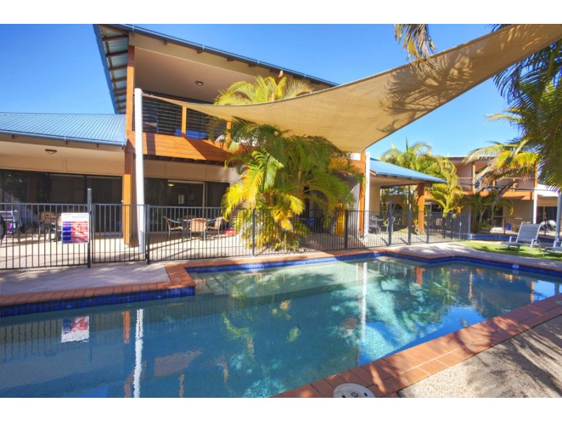 13/2 Beaches Village Circuit, Agnes Water QLD 4677