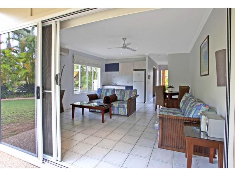 13/2 Beaches Village Circuit, Agnes Water QLD 4677