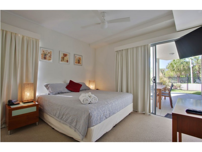 305/1 Beaches Village Circuit, Agnes Water QLD 4677