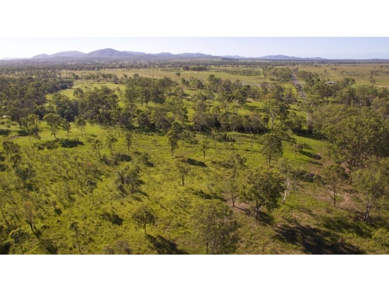 50 Tableland Road, Mount Tom QLD 4677