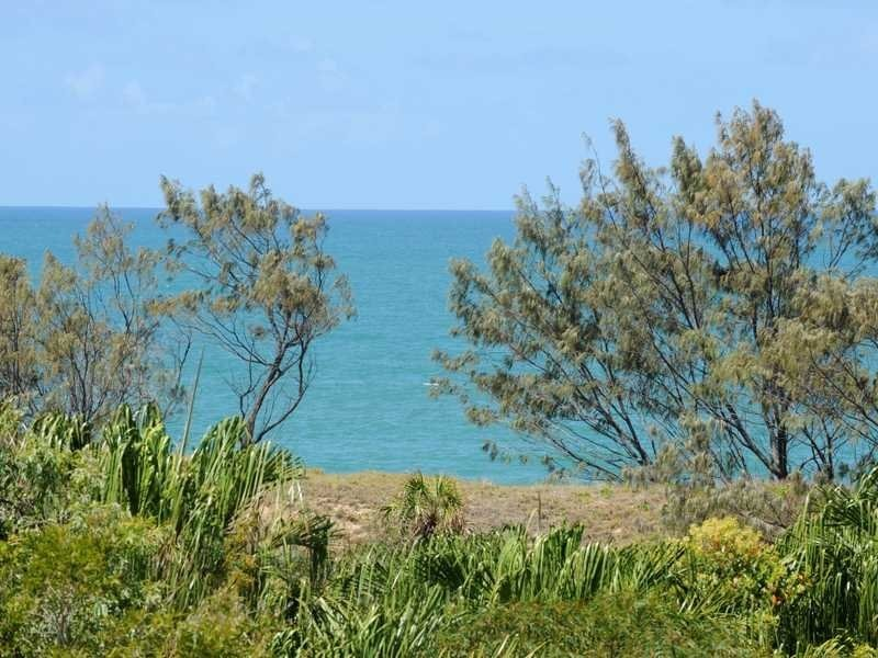 27 North Break Drive, Agnes Water QLD 4677