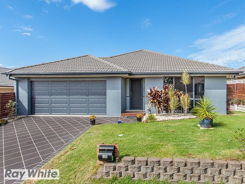 15 Sunstone Circuit, Mango Hill QLD 4509