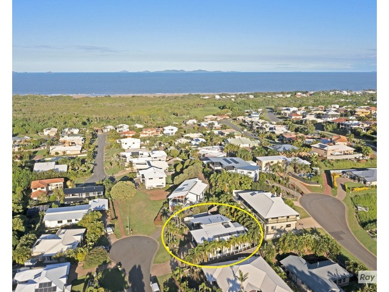 8 Letchford Court, Pacific Heights QLD 4703