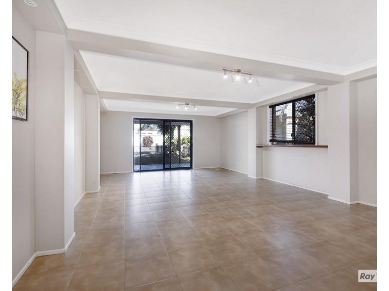 34 Kiama Avenue, Bangalee QLD 4703