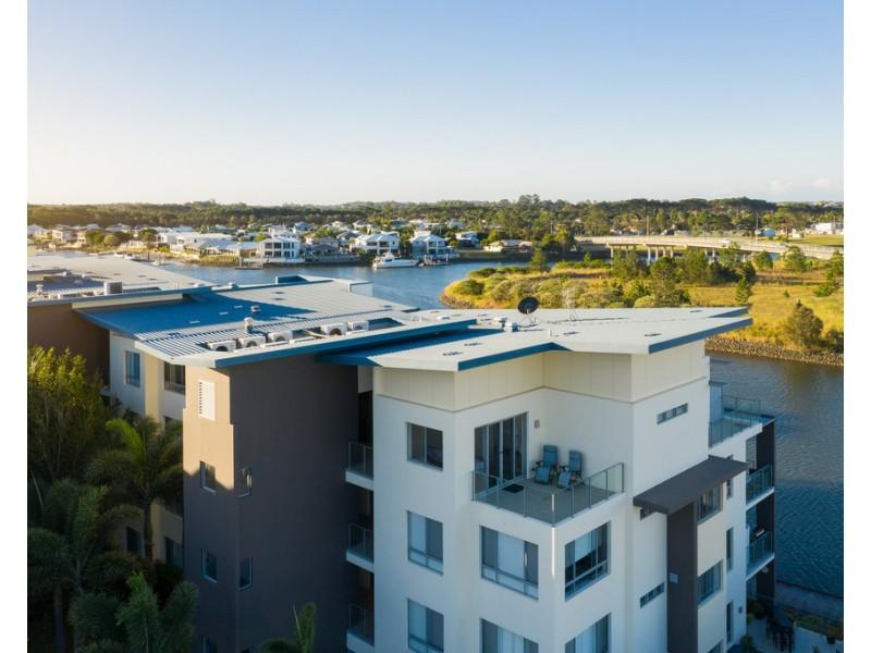 Penthouse 144/ 3-5 Pendraat Parade 'Ilanah Aqua', Hope Island QLD 4212