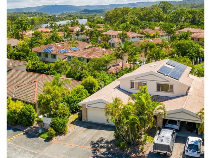 2/2 Koala Town Road, Upper Coomera QLD 4209