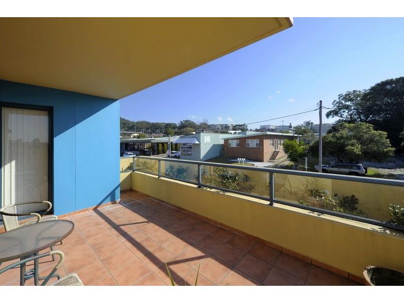 2/3 Yacaaba Street, Nelson Bay NSW 2315