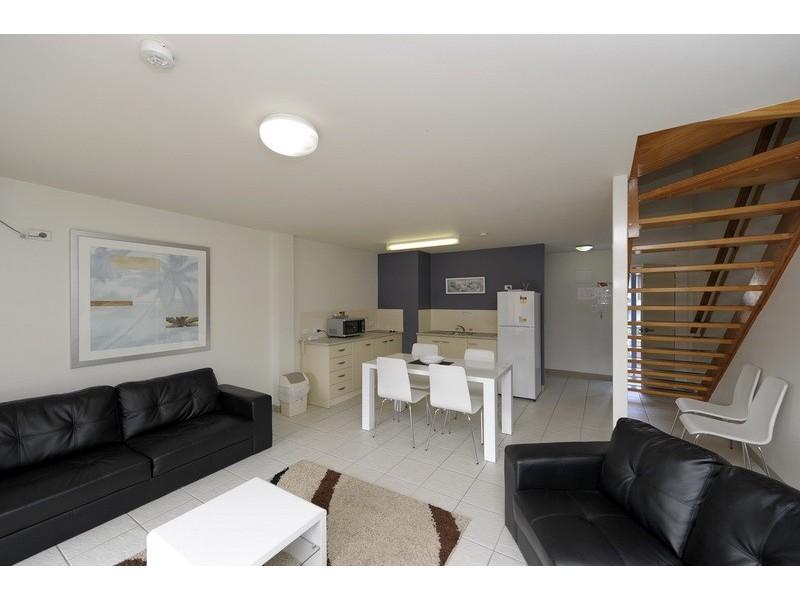 17/1 Trafalgar Street, Nelson Bay NSW 2315