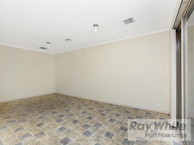 9 Dodd Avenue, Port Noarlunga SA 5167