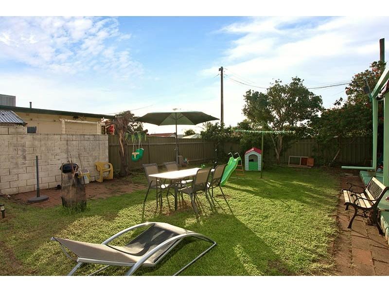 35 Alexander Terrace, Port Noarlunga SA 5167