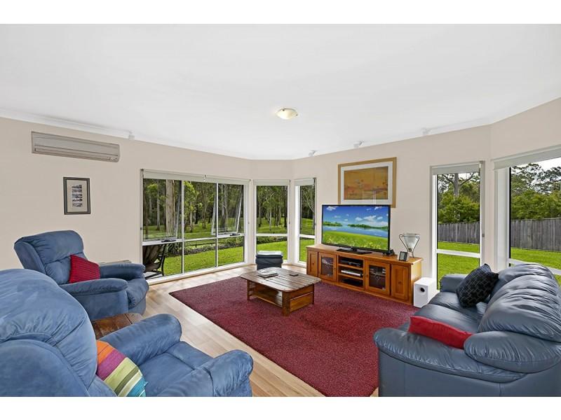 14 Ellenborough Drive, Cooranbong NSW 2265