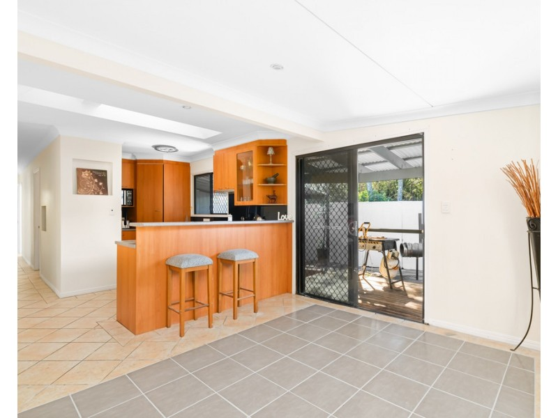 27 Roscommon Road, Boondall QLD 4034
