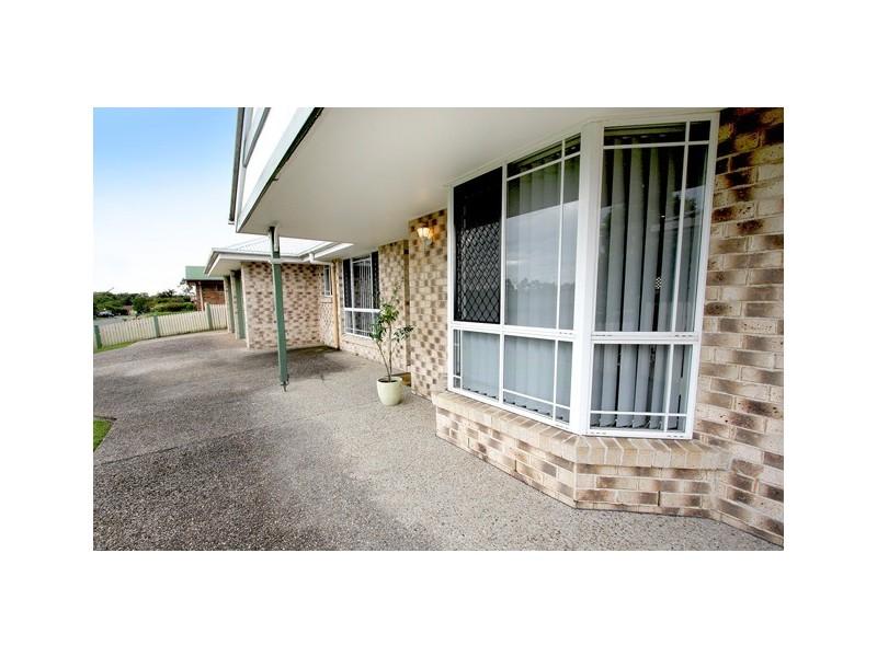 42 Jonquil Circuit, Flinders View QLD 4305