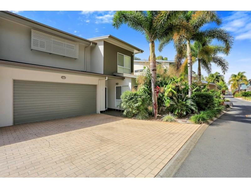 14/71 Elizabeth Street, Urangan QLD 4655