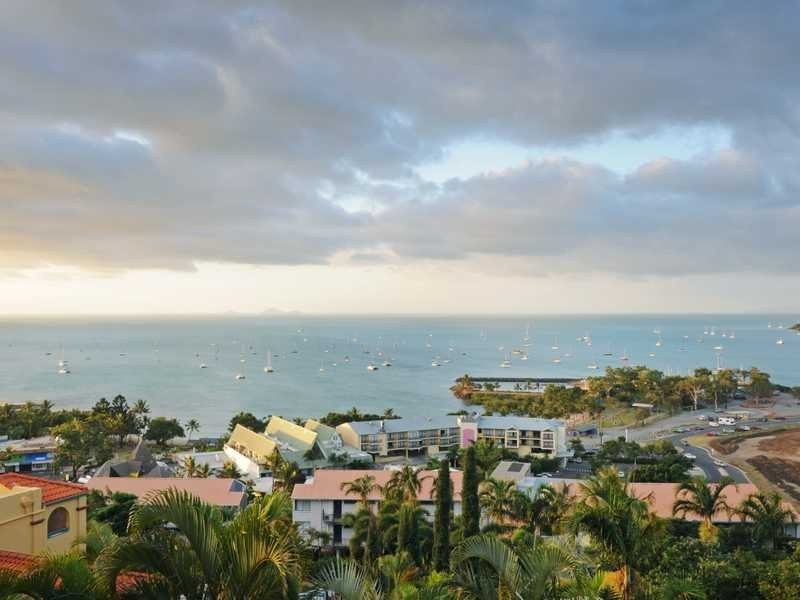 7/12 Golden Orchid Drive, Airlie Beach QLD 4802