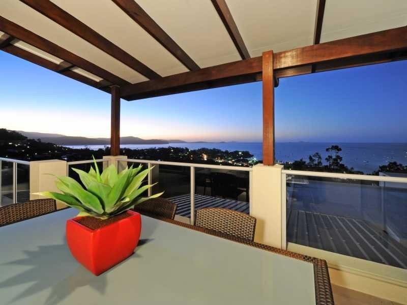 3 Bedroom Whitsunday Reflections Horizons Way, Airlie Beach QLD 4802