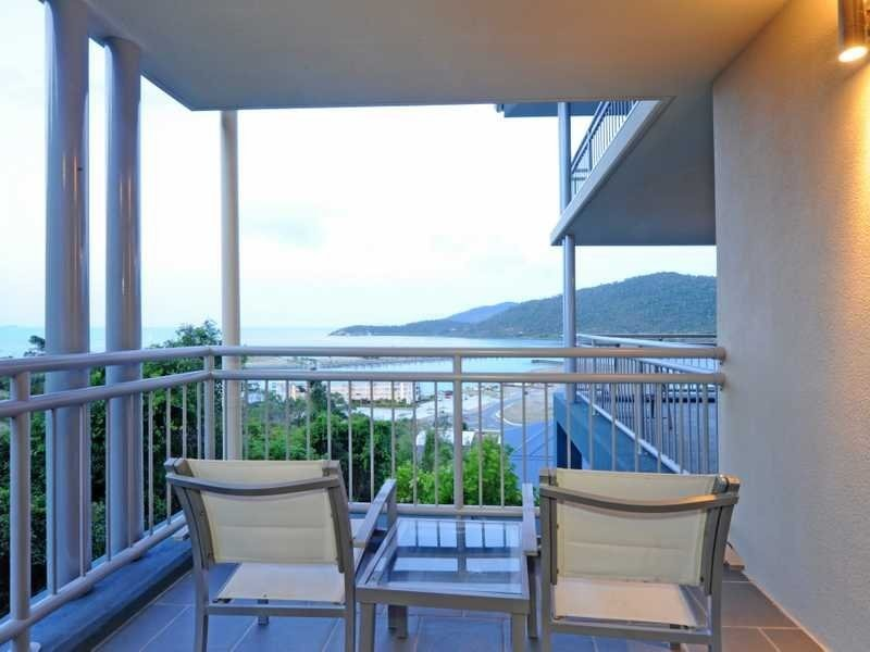 523/9A Hermitage Drive, Airlie Beach QLD 4802