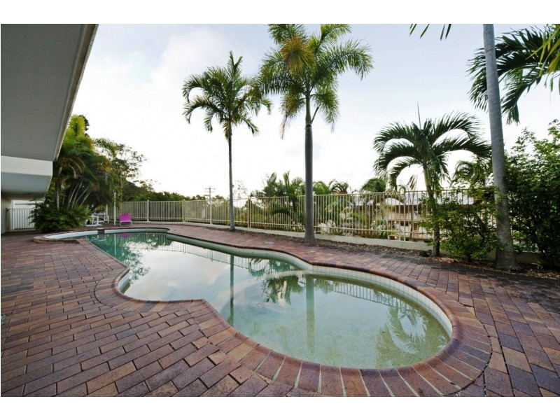 2/15 Hermitage Drive, Airlie Beach QLD 4802