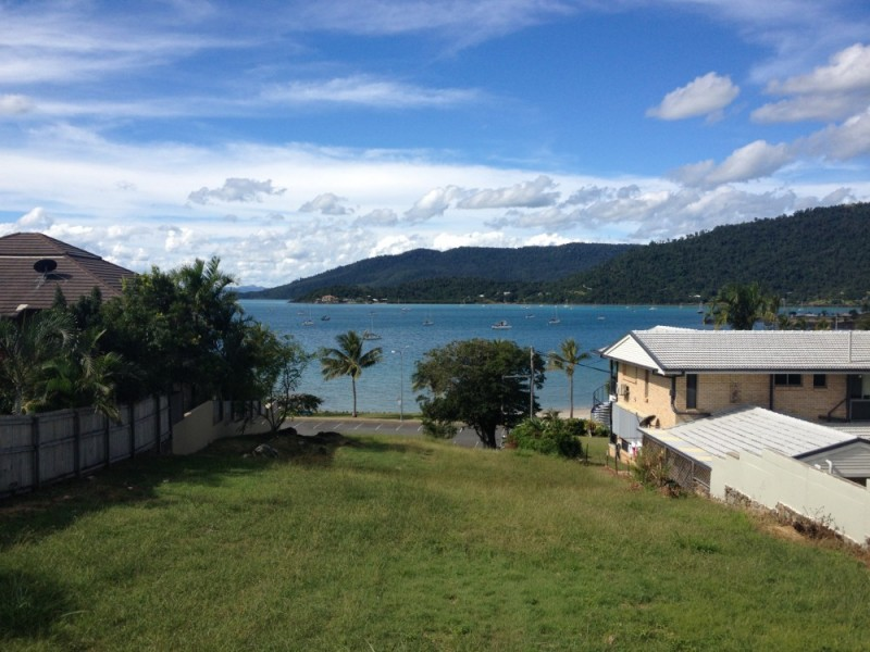 20 Broadwater Ave, Airlie Beach QLD 4802