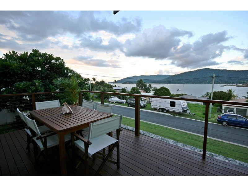 2 Hillcrest Ave, Airlie Beach QLD 4802