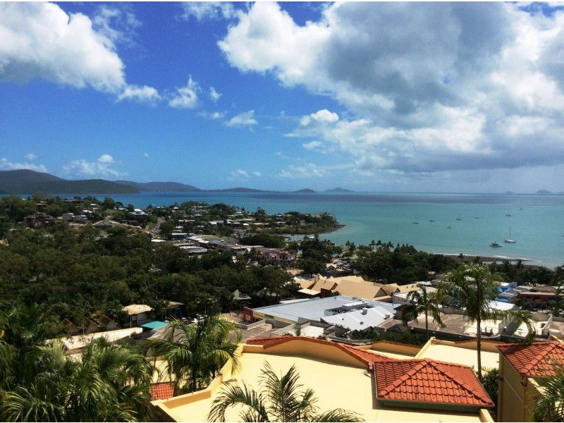 26 Toscana 10 Golden Orchid Dr, Airlie Beach QLD 4802