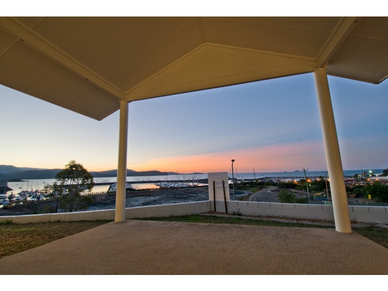 1 Airlie Crescent, Airlie Beach QLD 4802