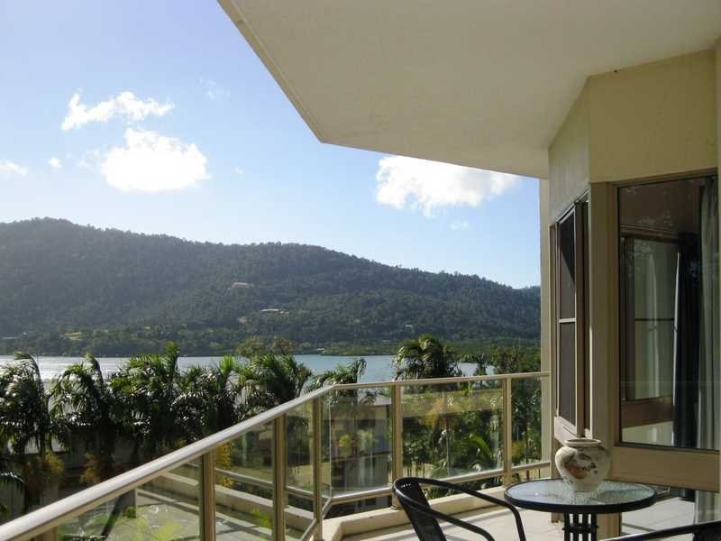 Unit 4/15 Hermitage Drive, Airlie Beach QLD 4802