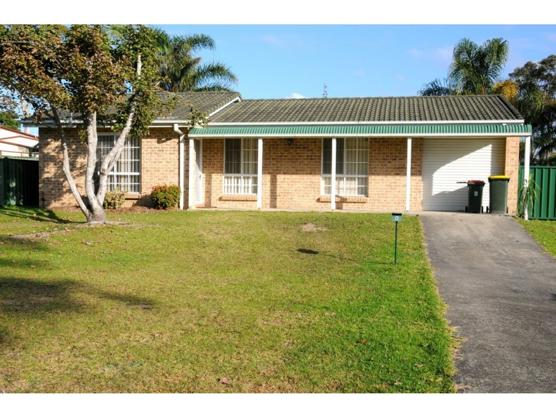 8 Gull Ave, Sanctuary Point NSW 2540