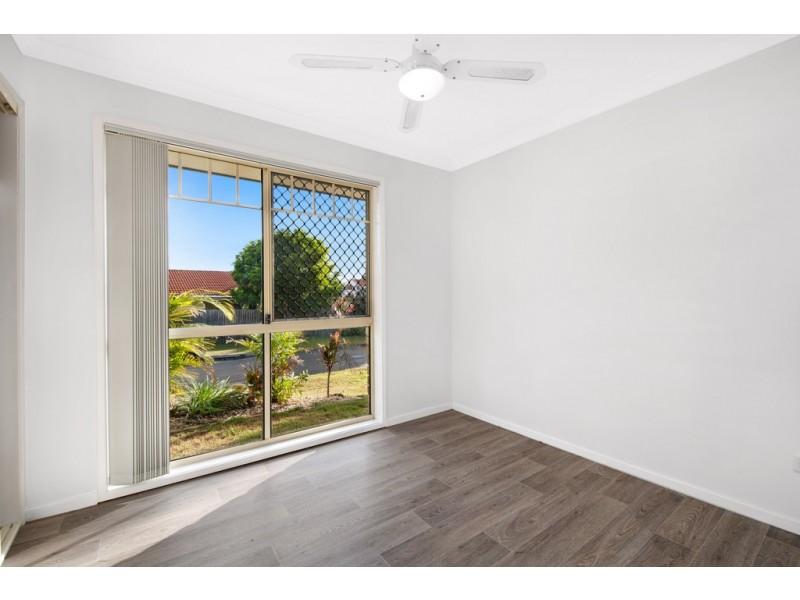 16 Brampton Place, Taigum QLD 4018