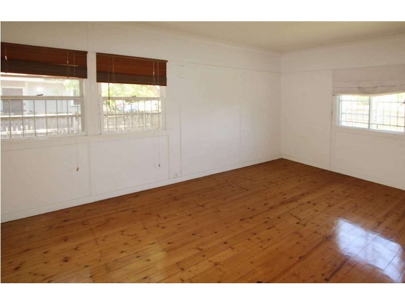 59 Charlie Street, Zillmere QLD 4034