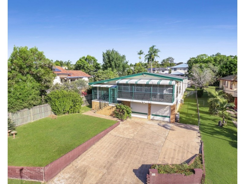 64 Dundalli Street, Chermside West QLD 4032