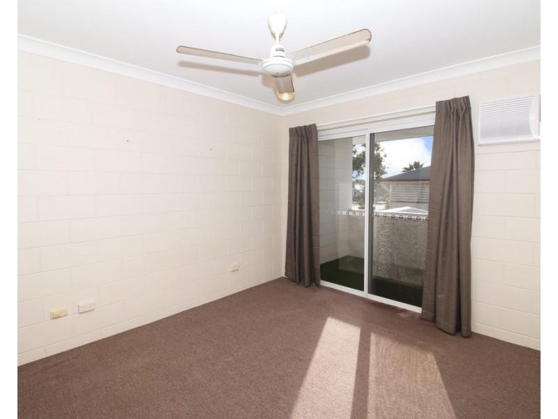 2/27 Rose Street, North Ward QLD 4810