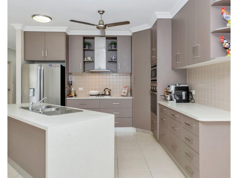 2 Sassafras Court, Bushland Beach QLD 4818