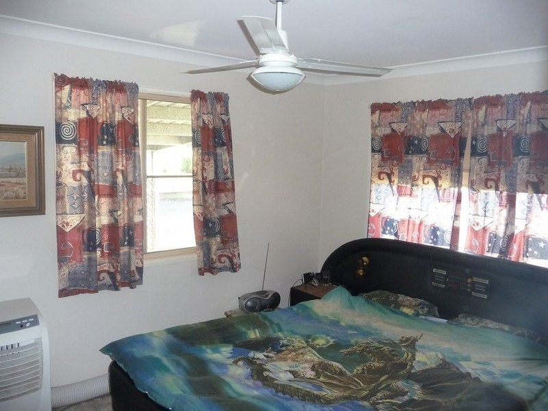 11 Victoria Street, Goombungee QLD 4354