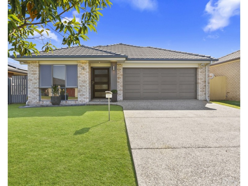 50 Parkway Crescent, Caboolture QLD 4510