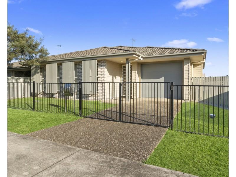 2/58 Waterfern Drive, Caboolture QLD 4510