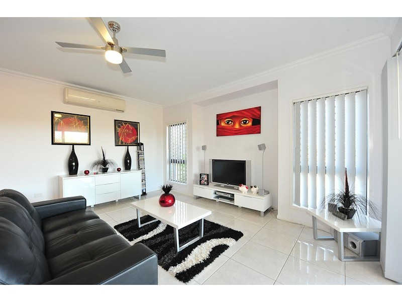 36 Brigid Boulevard, Augustine Heights QLD 4300