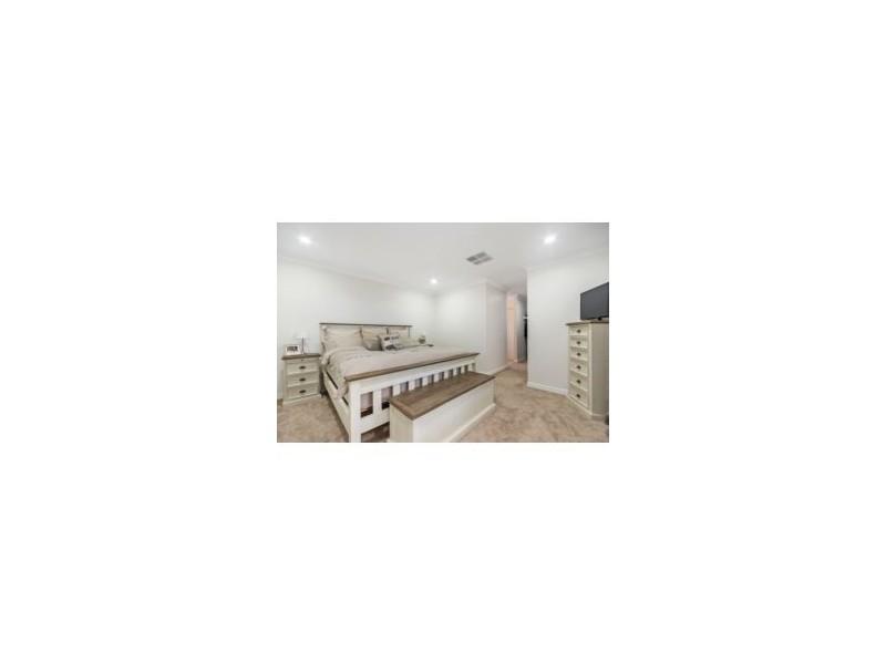 8 Kennick Street, Aveley WA 6069